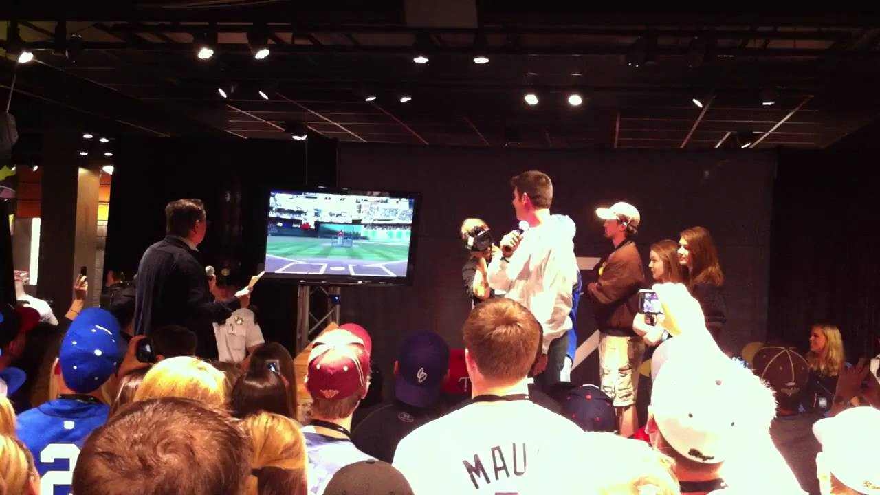 1119f310d17f Joe Mauer Playing MLB The Show - YouTube
