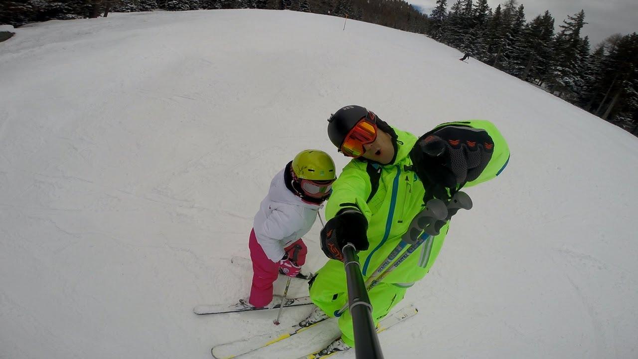 La mamma scia a bardonecchia