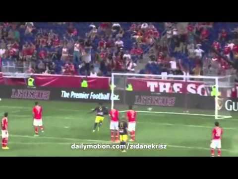 Mike Grella's Wonder Goal vs. Benfica