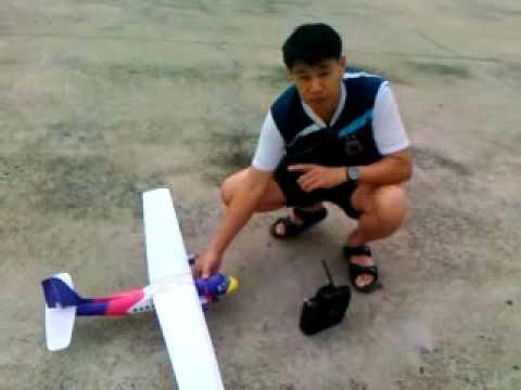 RCเครื่องบินนกแอร์ที่โรงเรียนจ่าอากาศ