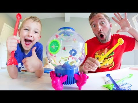 Father & Son PLAY FLYING PIGS GAME! / Catch The Most Or Lose!