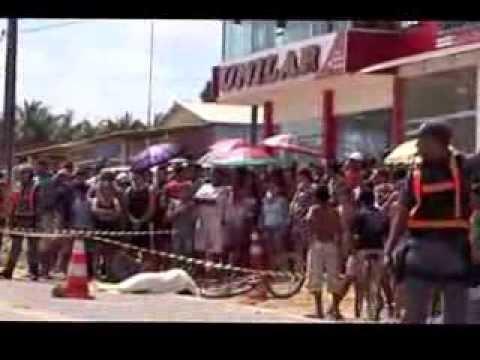 19 10 2013 Acidente na Perimentral Norte Municipio de Porto Grande-Ap