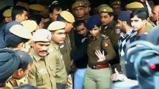 В Нью-Дели запретили сервис такси Uber из-за обвинения водителя в изнасиловании пассажирки (новости)(, 2014-12-09T09:39:21.000Z)