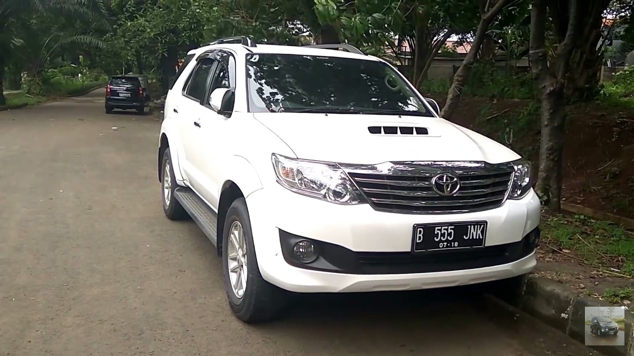 2013 toyota fortuner g a t vnt turbo start up in depth review indonesia