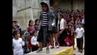 Repeat youtube video COLEGIO LUZ Y VIDA   junio 2014