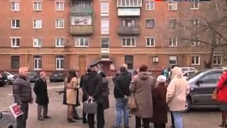 Александр Коган проверил аварийное жилье в Луховицах