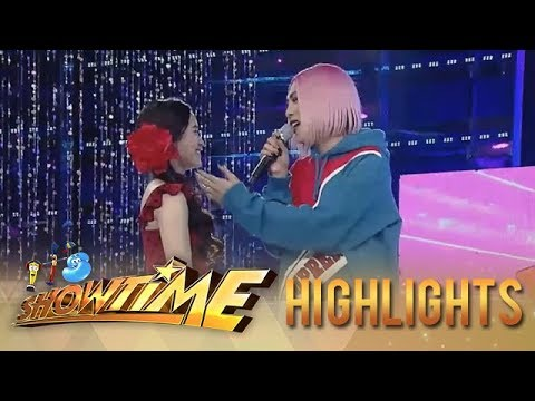 It's Showtime Miss Q & A: Vice Ganda and Ate Girl share a sweet moment