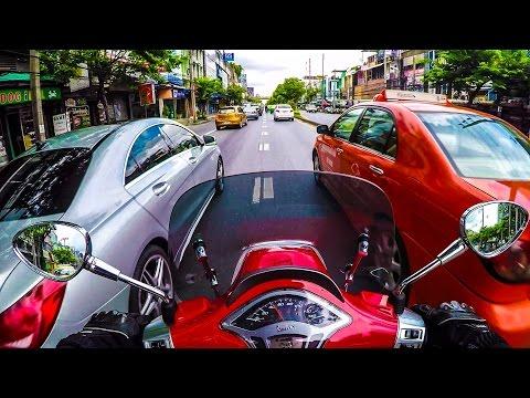 Vespa Sprint 150 City Test Ride | BKK Thailand | Gopro Hero 4