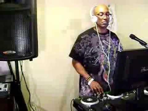 Dallas DJ MOney Mike live in the MIXXXXXXXXXXXXXXXXX!!!!!!!!!!!!!