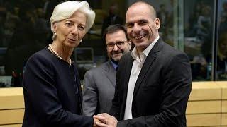 Greece Faces `Decisive` Weekend as Default Draws Closer