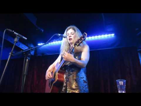 Dar Williams - Iowa (Borderline, London, 01/06/2016)