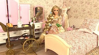 Raiponce Chambre à coucher Routine Matinale Rapunzel doll Bedroom Morning Routine