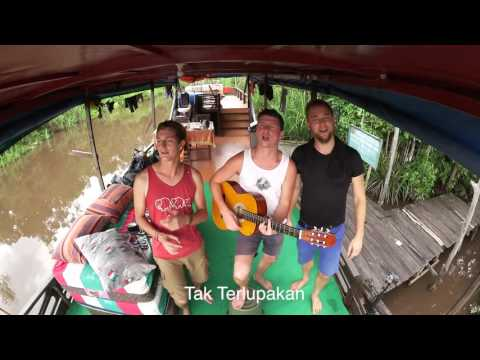 Performance on the Boat during Orangutan Tour to Borneo