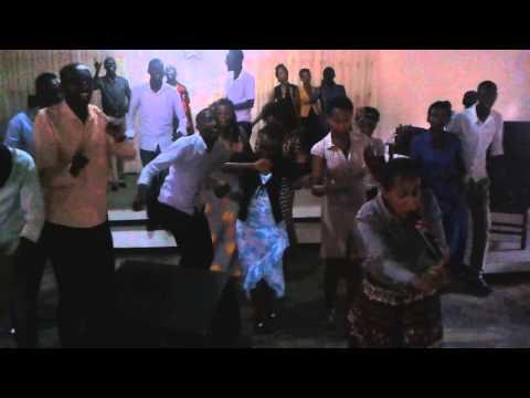 Power Of Prayer Church -Kigali Sunday 02-02-2014 Service (Holly Praising)