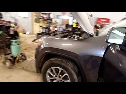 2014 JEEP GRAND CHEROKEE : A/C BLOWS HOT , DASH REMOVAL AND BLEND DOOR REPLACEMENT .