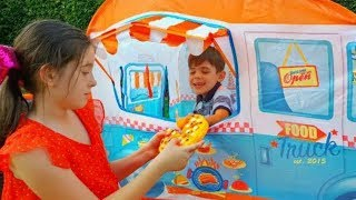 Kids Pretend Play with Food Truck Learning Fruits and Vegetables
