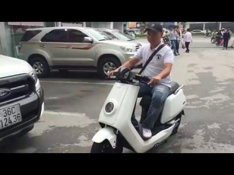 Làm quen xe máy điện BOSCH NIU N1 E-SCOOTER tại Siêu thị điện máy Pico - Hà Nội