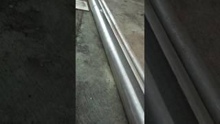 Buat talang air dari pipa galvanis di belah awet kuat