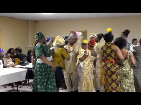 Benin women dance - Ibharobe