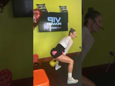 SNEAK PEAK! KETTLE BELLS SWINGS & BURPEES with JENNIFER NICOLE LEE of JNLVIP.com