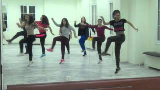 follow the leader jennifer lopez zumba by maria kateina