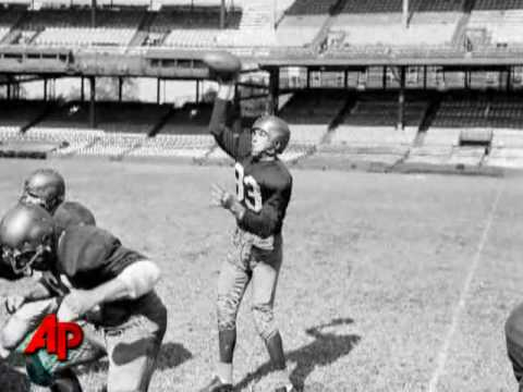 NFL Great Sammy Baugh Dies at 94