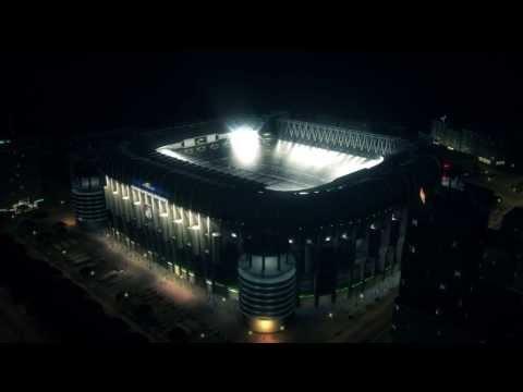 FIFA 14 - Trailer Gamescom - Xbox One, PS4 - Ambiente en los estadios