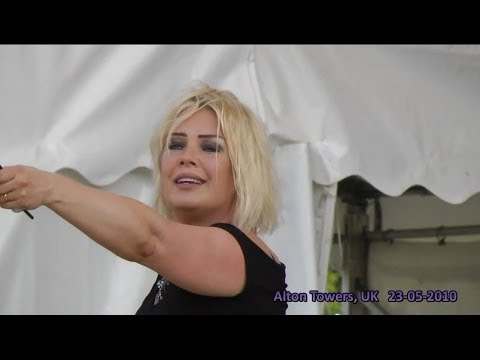 Kim Wilde live - You Keep Me Hanging On (HD) - Alton Towers, UK - 23-05-2010