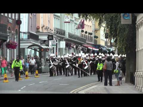Royal Marines Band - Changing of the Guard, Windsor - July 2014