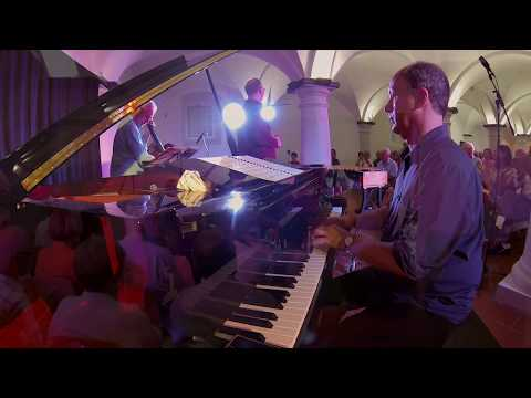 Baierbaiao - Wolfgang Lackerschmid & The Brazilian Trio