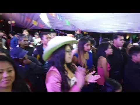Linda Quinceañera Bailando Flor De Piña En Tonahuixtla Puebla  Sucesores Del Norte