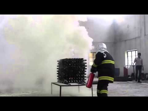MINIMAX ABC POWDER STORED PRESSURE FIRE EXTINGUISHER DEMO ON WOOD