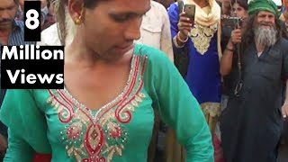 किन्नर हिजरा डांस kinner transgender indian hizra dancing In Ajmer, India