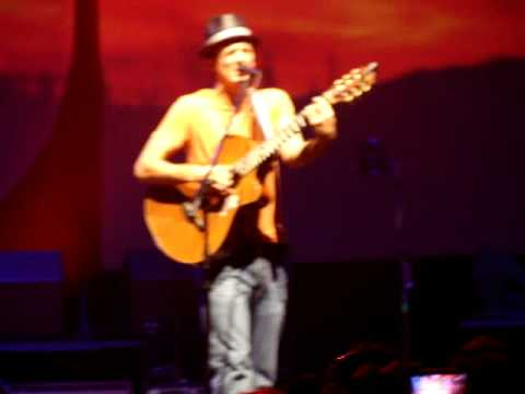"""0% Interest"" - Jason Mraz (live In Houston)"