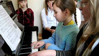 Урок  в  музыкальной  школе.