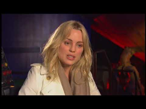30 Days of Night 2007 Featurette: Melissa George On Her Character