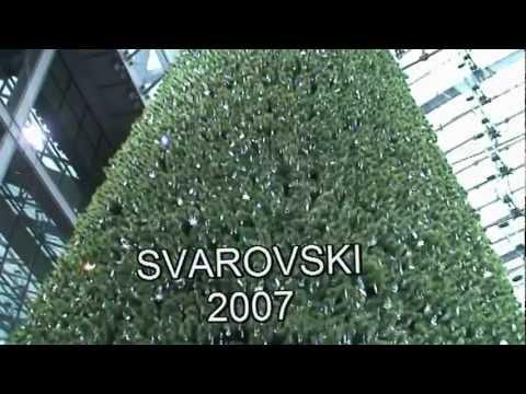 swarovski weihnachtsbaum 2007 berlin hauptbahnhof youtube. Black Bedroom Furniture Sets. Home Design Ideas