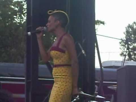 Goapele- Milk & Honey (Patrice Rushen Remix) (Atlanta, 7/31/10)