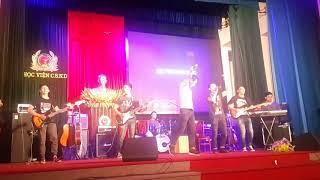 Ra khơi - Bức Tường (CLB Guitar HVNH)