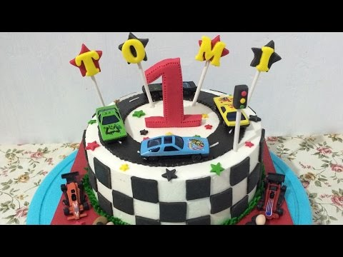 Race Theme Cake Decorating Half Fondant