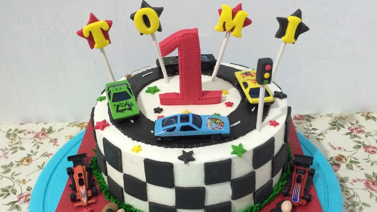 Race Theme Cake Decorating Half Fondant YouTube