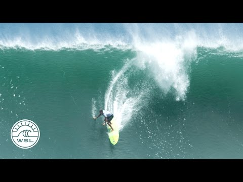 Jamie Mitchell Gets Perfect Tube at Massive Puerto Escondido