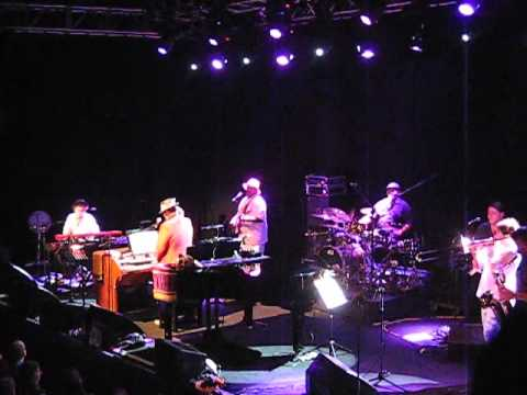 Dr John and the Lower 911 - Occapella