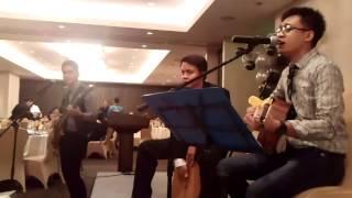 Pag-ibig by Sponge Cola (acoustic) live @ Oakwood Premier Joy-Nostalg Center