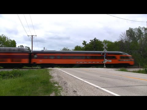 Thumbnail: Amtrak 7 with Private Coaches
