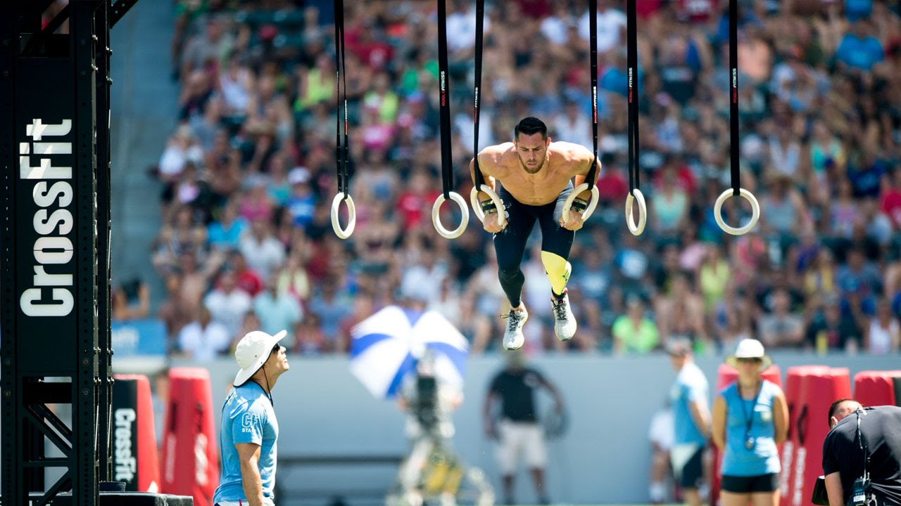 The Crossfit Games Individual Muscle Up Biathlon Youtube