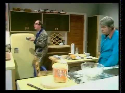 Morecambe and Wise.flv