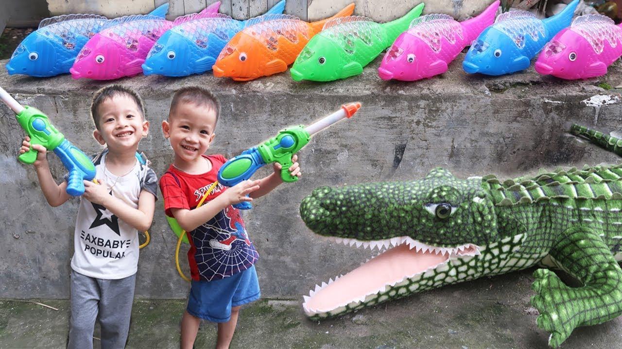Trò Chơi Cá Sấu Đại Ca và Đàn Cá Phát Sáng| Gia Đình Baby Shark