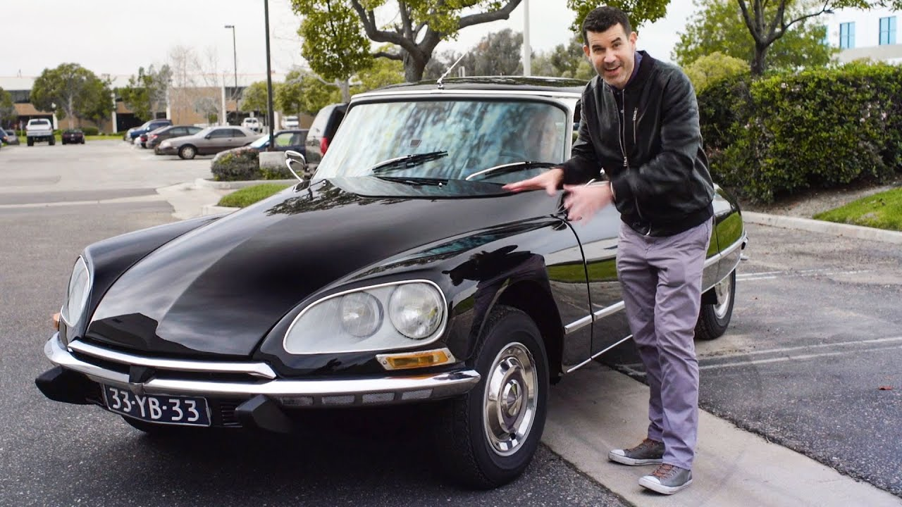 The 1955 Citroën DS Still Feels Ahead of Its Time