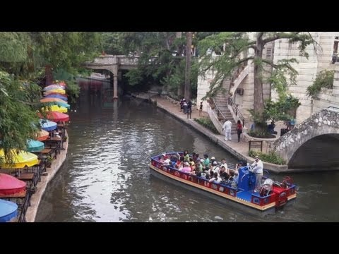 What To Do In San Antonio Texas - The River Walk Attracts Mi